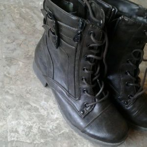 Size 8M  high top boots with buckles ,zippers